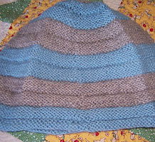 Ridged Helmet Hat by Ann Budd free knitting pattern